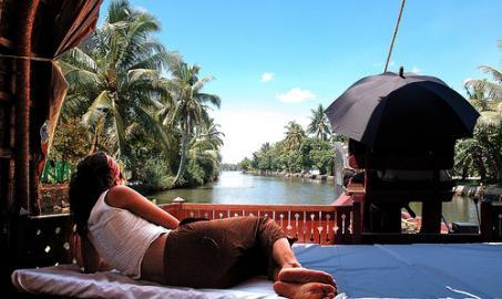 Kerala Backwaters Honeymoon Package South India